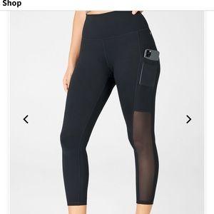 🆕 Fabletics Mila High waisted Powerhold leggings